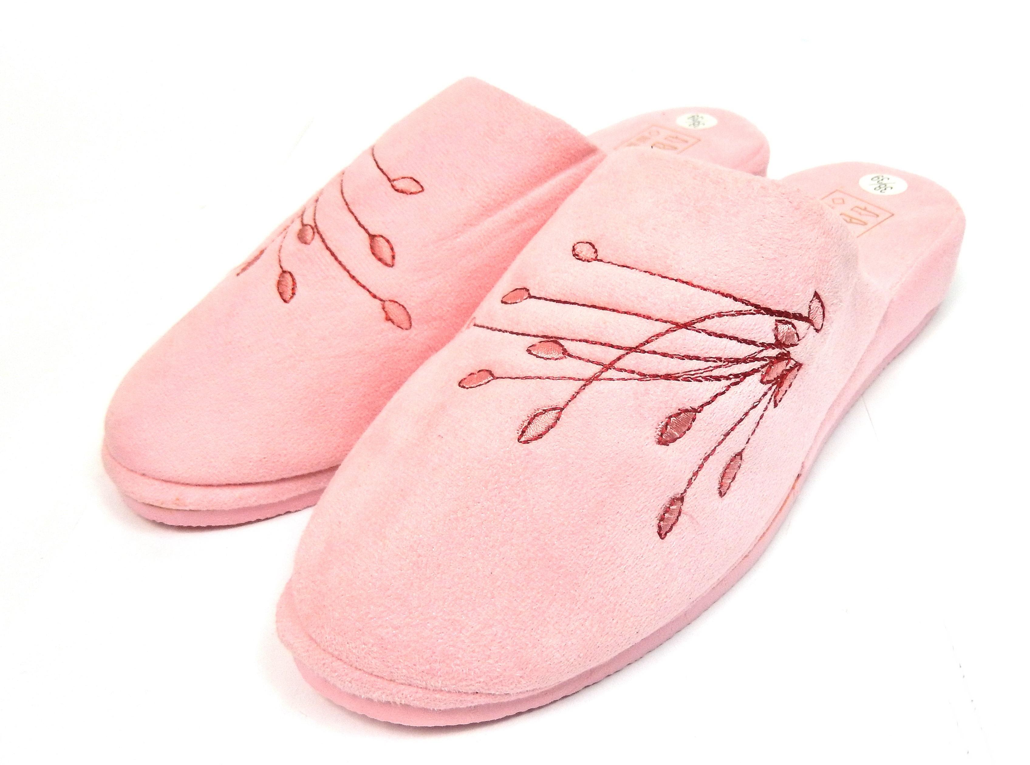 Pantoufles chaussons mules femme rose fleurs en bouton - Shopping-affaires 8d5ab392a5e9